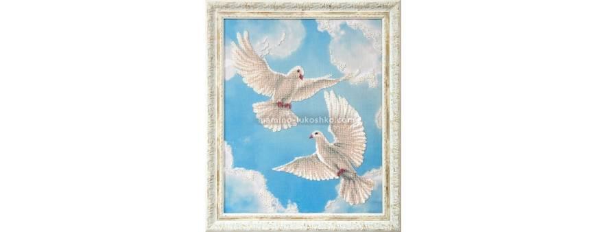 фото картины для вышивки бисером пара Чаривна мить белых голубей