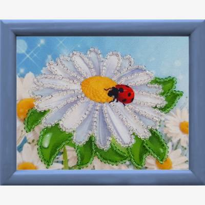 фото: картина для вышивки бисером Ромашка