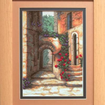 Набор для вышивки крестом Дворик с розами