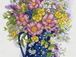 фото: картина для вышивки крестом букет
