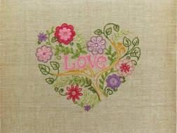 фото: набор для вышивки нитками в технике декоративные швы, сердце