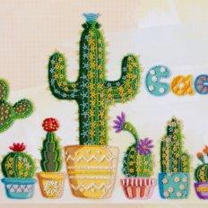 фото: картина для вышивки бисером цветущие кактусы