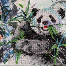 фото: картина для вышивки бисером панда
