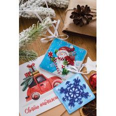 фото: новогодняя игрушка для вышивки бисером на холсте, Дарю подарки!