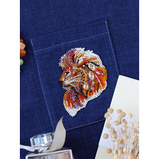 фото: вышитое бисером украшение Паттернхолст Огнегривый лев-А
