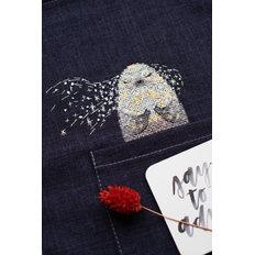 фото: вышивка крестиком на одежде Белёк