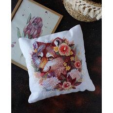 фото: подушка для вышивки крестом, Лаки