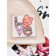 фото: магнит для вышивки бисером с акриловой рамкой Сердечки