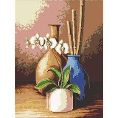 фото: картина в алмазной технике Белая орхидея
