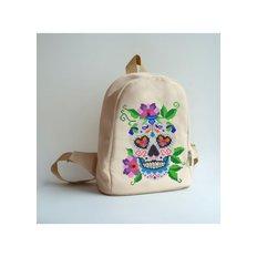 фото: сшитый рюкзак для вышивки бисером или нитками Череп