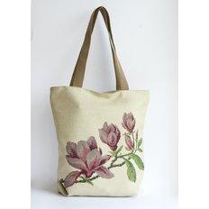 фото: сшитая сумка для вышивки бисером или нитками Магнолия