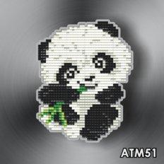 фото: магнит в алмазной технике Панда с бамбуком