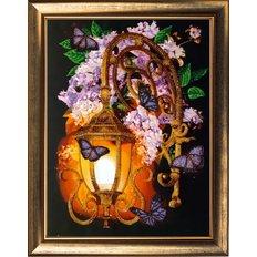 фото: картина, вышитая бисером Сиреневый фонарь