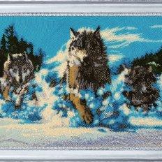 фото: картина для вышивки бисером Волчья стая