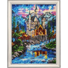 фото: картина для вышивки бисером  Замок у реки