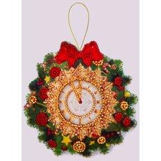 фото: игрушка из фетра часы, новогодний сувенир