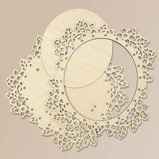 фото: рамка из фанеры для оформления вышивки