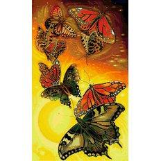 фото: картина в алмазной технике Полет бабочек