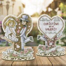 фото: украшение для вышивки крестом на пластиковой канве Радостные события. Свадьба