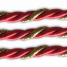 фото: шнур витой красный для оформления сапожков и игрушек