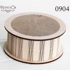 фото: шкатулка, вышитая крестиком на деревянной основе