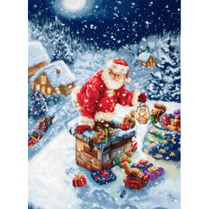 фото: вышитый гобелен Дед Мороз