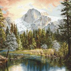 фото: картина для вышивки гобеленовым швом Величие природы