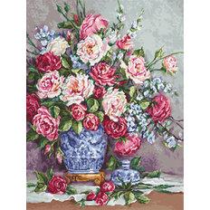 фото: картина для вышивки гобеленовым швом Её величество - Розы