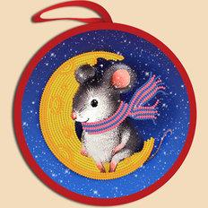 фото: ёлочное украшение, вышитое бисером Мышка на луне