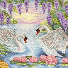 фото: картина для вышивки крестиком Пара лебедей