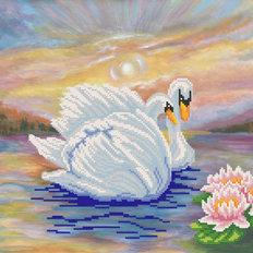 фото: набор для вышивки бисером, Лебеди
