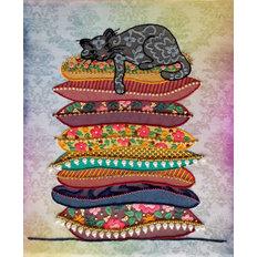 фото: картина для вышивки декоративными швами Кошка на горошине