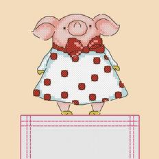 фото: картинка, вышитая крестиком на одежде, свинка в платье в горошек