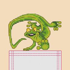 фото: картинка, вышитая крестиком на одежде, хамелеон