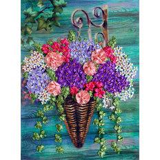 фото: картина для вышивки лентами Букет на стене