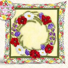 Набор-Подушка для вышивки лентами. Полевой веночек