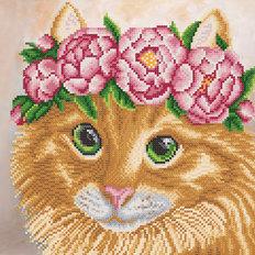 фото: картина для вышивки бисером, рыжая кошка с зелеными глазами в цветочном веночке
