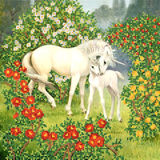 фото: картина для вышивки бисером Единорог с мамой
