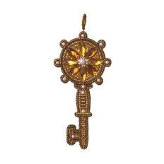 фото: украшение, вышитое бисером на пластиковой канве, Золотой ключик