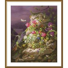 фото: картина, вышитая нитками на канве с фоновым изображением, Цветение скал