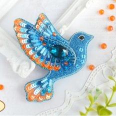 фото: украшение, вышитое бисером на велюре, Синяя птица счастья