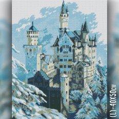 фото: картина в алмазной технике Зимний замок