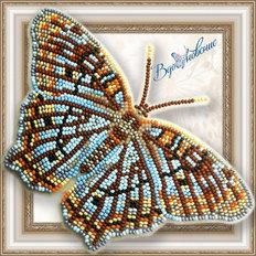 фото: бабочка Белый павлин из бисера
