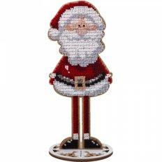 фото: вышитый бисером на деревянной основе Санта Клаус