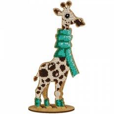 фото: вышитый бисером на деревянной основе Жираф