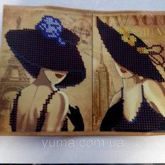 фото: сшитая обложка на паспорт для вышивки бисером Дамочка