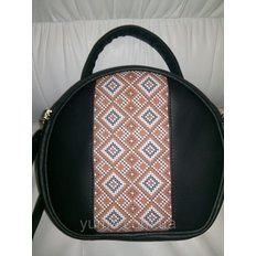 фото: пошитая сумка для вышивки бисером с картинкой орнамент