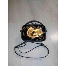 фото: пошитая сумка для вышивки бисером с картинкой Золотая рыбка