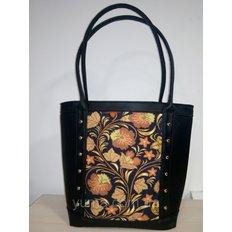 фото: пошитая сумка для вышивки бисером с картинкой узоры